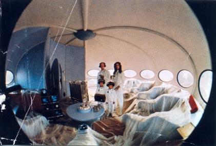 Mika Taanila: Futuro - The New Stance for Tomorrow (1998)